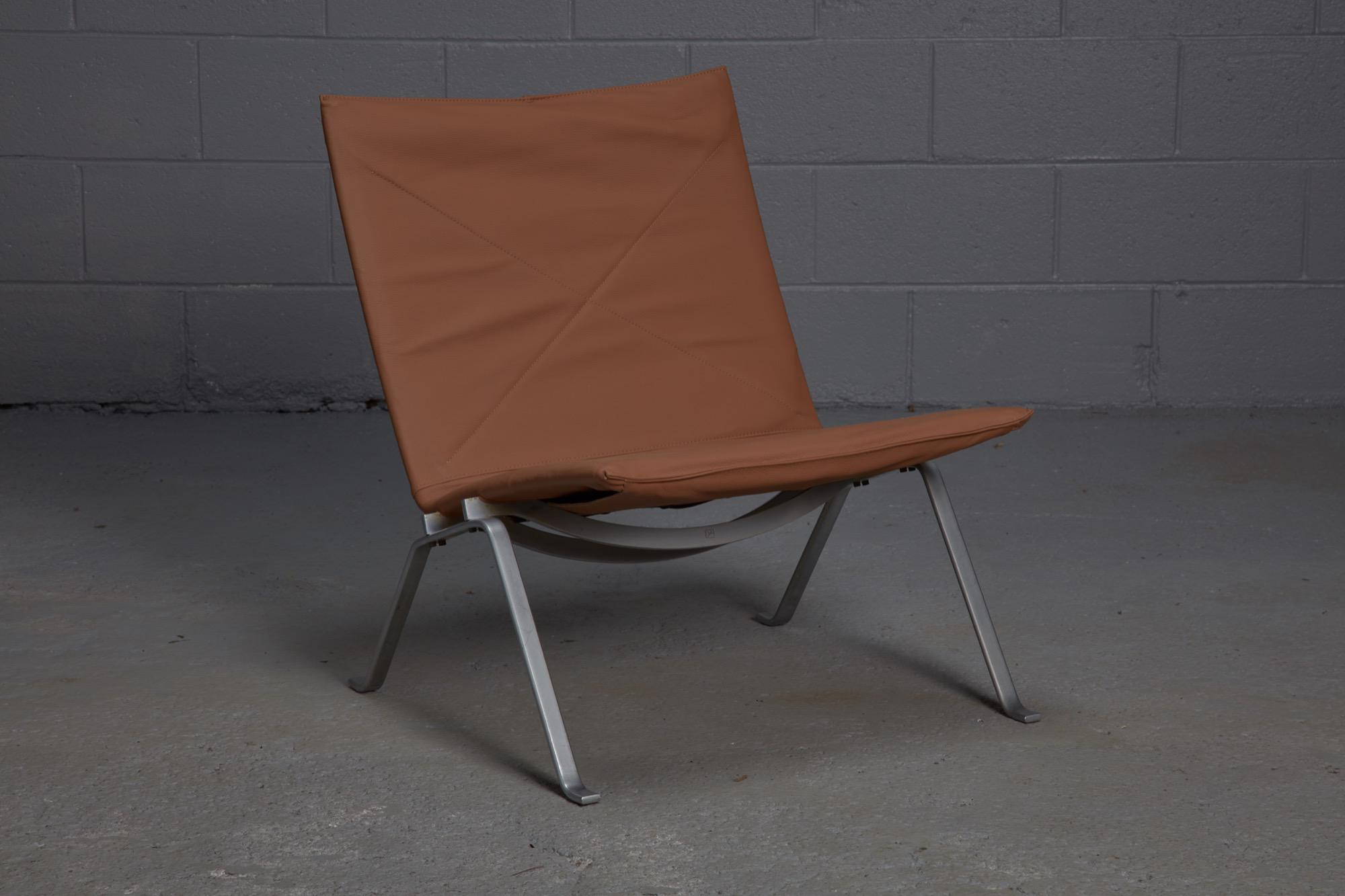 Mid Century Modern Poul Kjaerholm Pk22 Lounge Chair For Sale   Image 3 Of 3