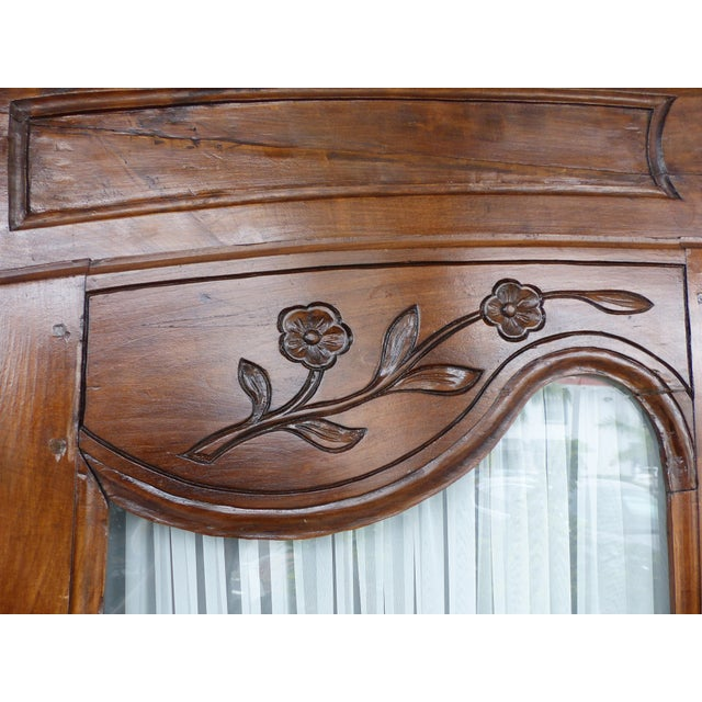 Antique French Provincial Style Armoire - Image 5 of 11