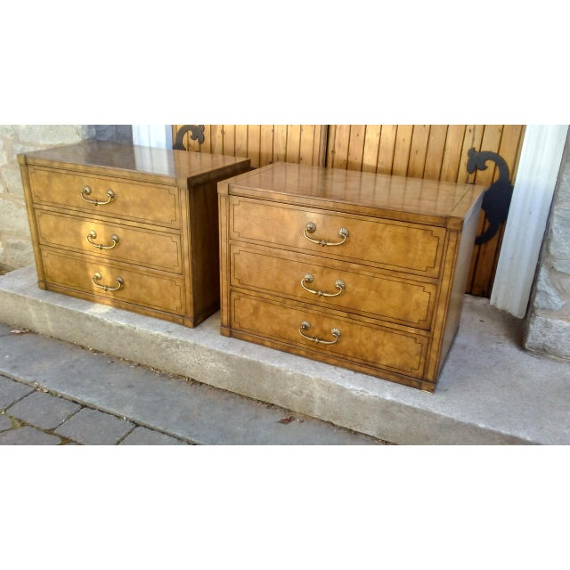 Mastercraft Regency Display Cabinets - A Pair - Image 5 of 10