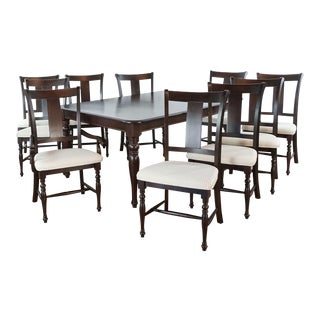 Traditional Thomasville Dining Set - Set of 11 For Sale