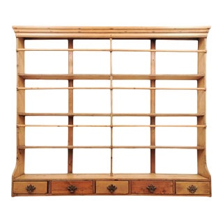 1820s English Georgian Period Pine Plate Rack With Five Low Drawers For Sale
