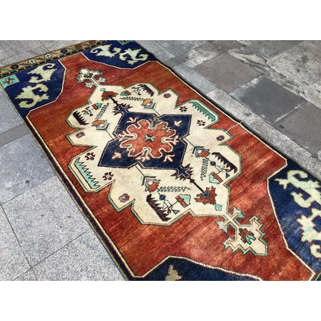 1960s 1960s Vintage Turkish Oushak Floral Rug - 3′10″ × 8′3″ For Sale - Image 5 of 11