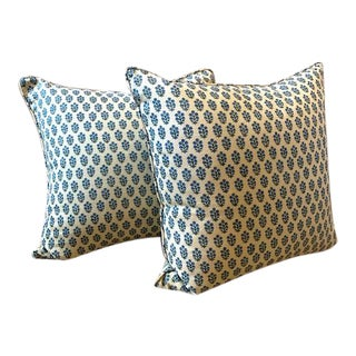 New Michael Smith Jasper Devonshire Down Pillows - a Pair For Sale