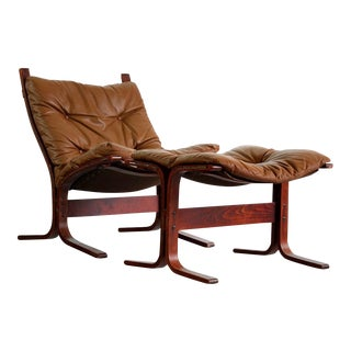 Vintage Westnofa Rosewood and Leather Design With Matching Ottoman For Sale