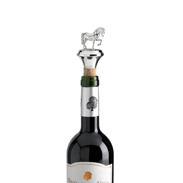 Beautiful sterling silver bottle stopper featuring a delicately crafted Horse figurine.