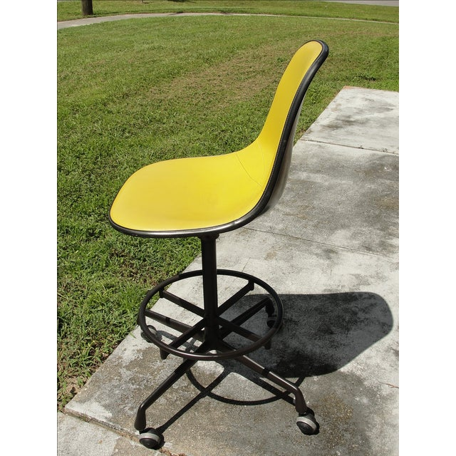 Mid-Century Herman Miller Yellow Bar Stool - Image 3 of 8