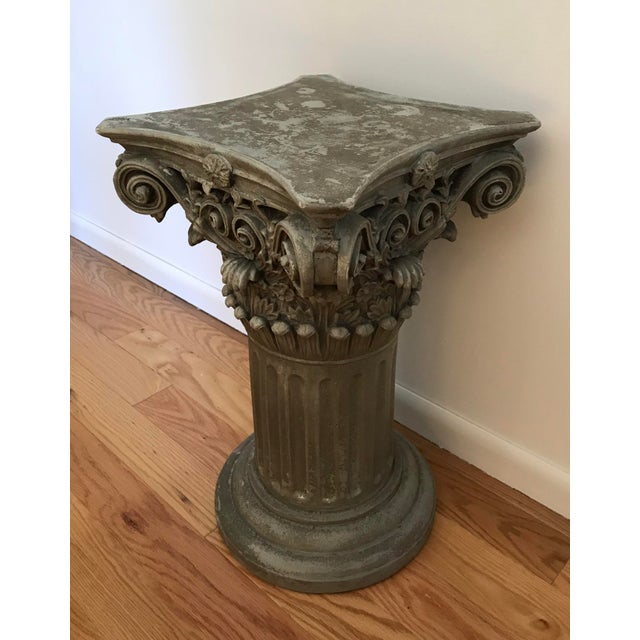 Gray Vintage Universal Statuary Neoclassical Resin Column Pedestal For Sale - Image 8 of 9