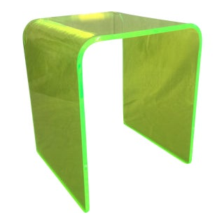 Memphis Neon Green Lucite Waterfall Side Table For Sale