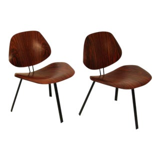 Pair of Borsani Tecno P31 Lounge Chairs For Sale
