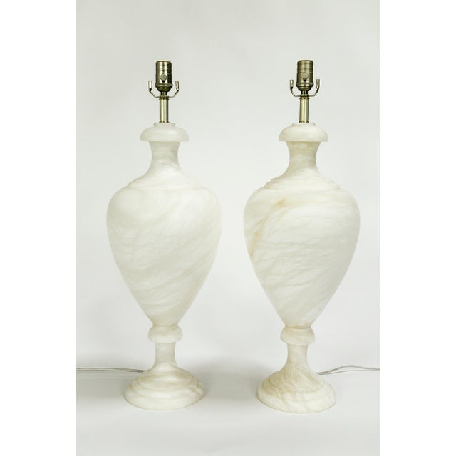 Neoclassical Alabaster Amphora Shaped Mother Lamp Lit From Within For Sale - Image 3 of 12