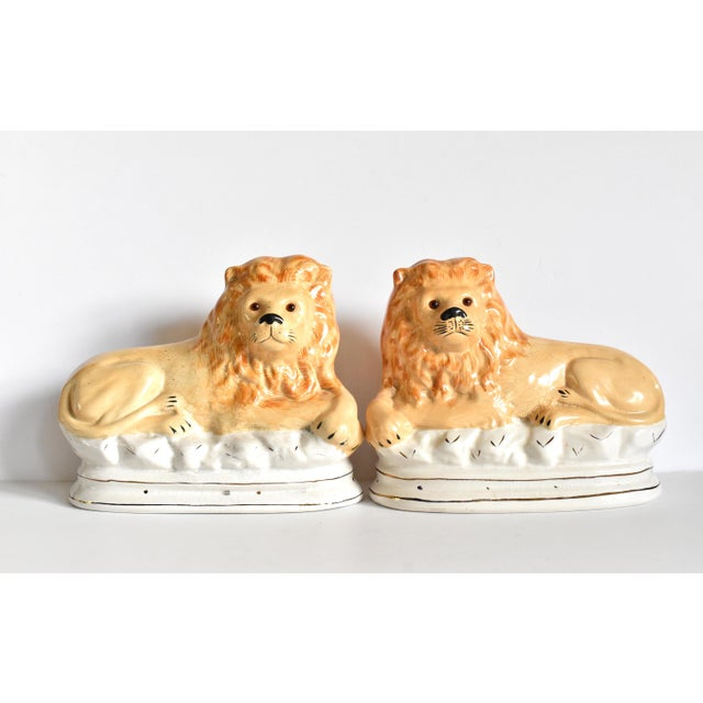 Victorian Mid 20th Century Vintage Staffordshire Style Recumbent Lions - a Pair For Sale - Image 3 of 12