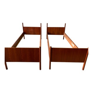 Pair of Mid Century Modern Twin Size Teak Bed by Westnofa For Sale