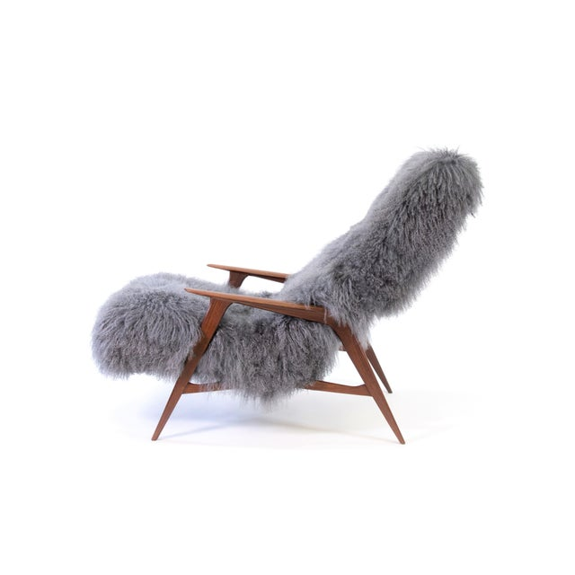 Jio Mobler Siesta Chair in Mongolian Sheepskin For Sale - Image 4 of 11