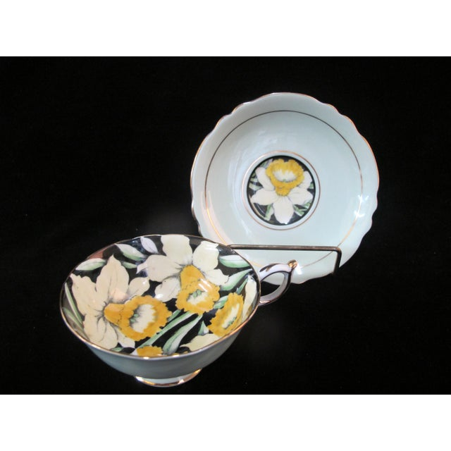 Mid 20th Century Paragon Yellow Daffodil Black Interior Pedestal Cup & Mint Saucer Gilt Trim Set For Sale - Image 9 of 9