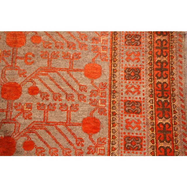 Chinese 1920s Vintage Khotan Red and Blue Wool Rug - 4′4″ × 8′5″ For Sale - Image 3 of 5