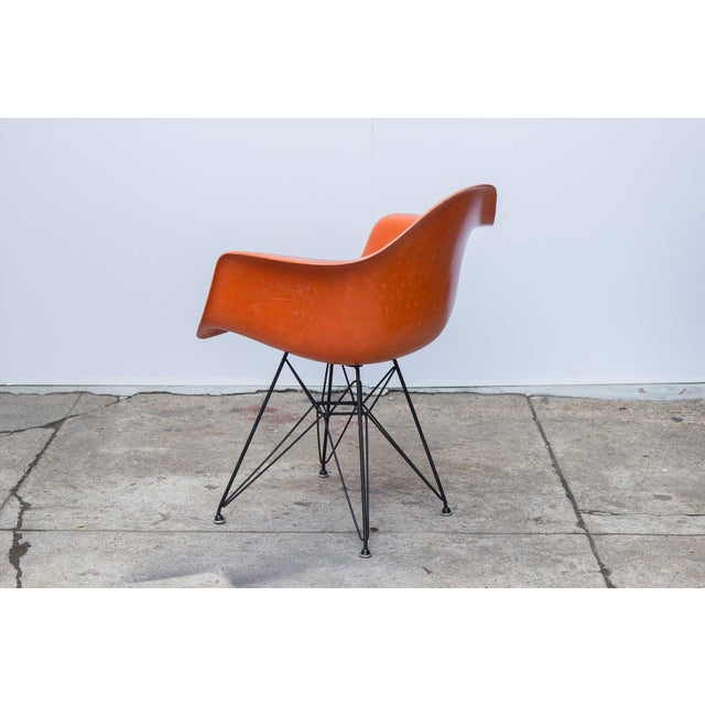 1960s Eames Molded Fiberglass Armchair in Orange For Sale - Image 5 of 10