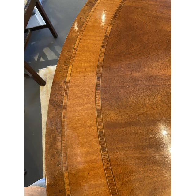 1920s 1920s Traditional Round Mahogany Dining Table For Sale - Image 5 of 12