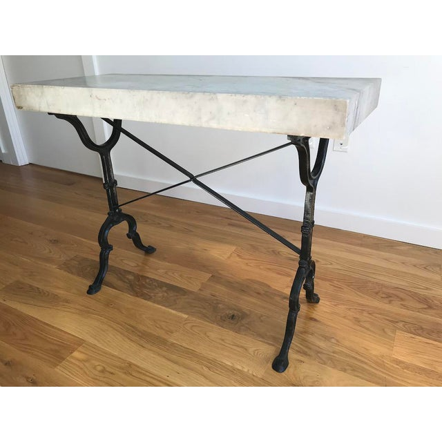 20th Century French Marble & Iron Bistro Table For Sale In New York - Image 6 of 10