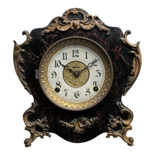 Late 19th Century Vintage E. Ingraham & Co. Mantel Clock For Sale