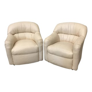 Cream Leather Club Chairs - A Pair For Sale