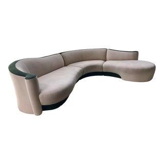 Vladimir Kagan Mid-Century Serpentine Couch For Sale