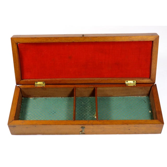 19th Century Victorian Inlay Mahogany Cribbage Board Game Box For Sale - Image 4 of 13