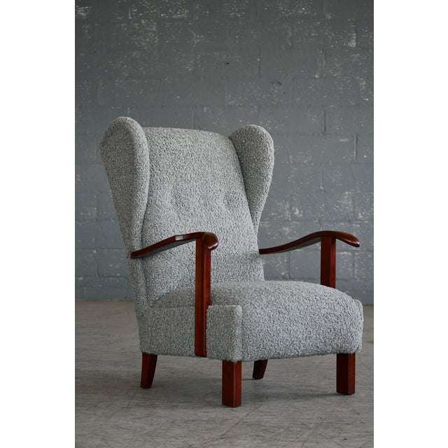 Fritz Hansen Model 1582 Wingback Lounge Chair in Grey Boucle Danish Midcentury For Sale In New York - Image 6 of 13