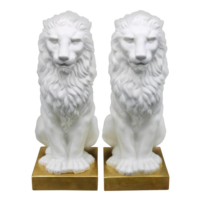 Italian Mottahedeh Ceramic Mantle Lions - a Pair For Sale - Image 12 of 13