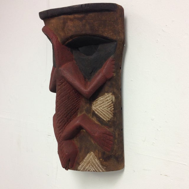 Hand Carved Wooden Mask With Lizard Design - Image 4 of 9