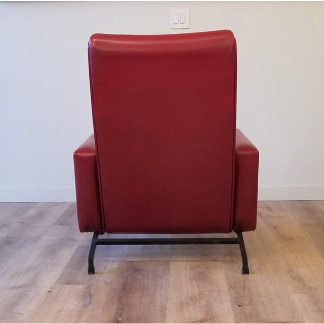 """Vinyl Vintage Pierre Guariche """"Trelax"""" Reclining Lounge Chair For Sale - Image 7 of 12"""