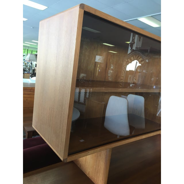 1950s Mid Century Modern Solid Teak Sideboard and Floating Hutch With Accordion Doors For Sale - Image 9 of 12