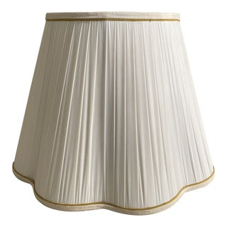 Vintage Mid-Century White Pleated Lamp Shade For Sale