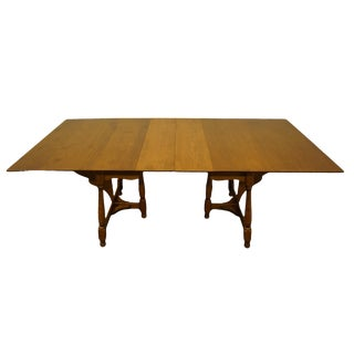 "20th Century Traditional Sprague & Carleton Solid Hard Rock Maple Colonial Style 81"" Dining Table With Butterfly Drop Leaves For Sale"
