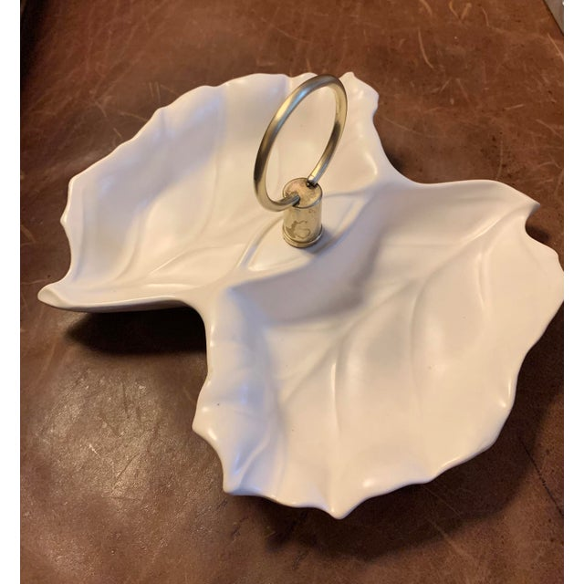 1960s Vintage California Pottery Alabaster & Brass Double-Leaf Nut / Condiment Dish For Sale In Atlanta - Image 6 of 12