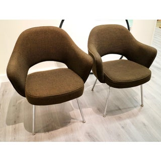 Pair of Chocolate Brown Saarinen Fortholl Chairs Preview