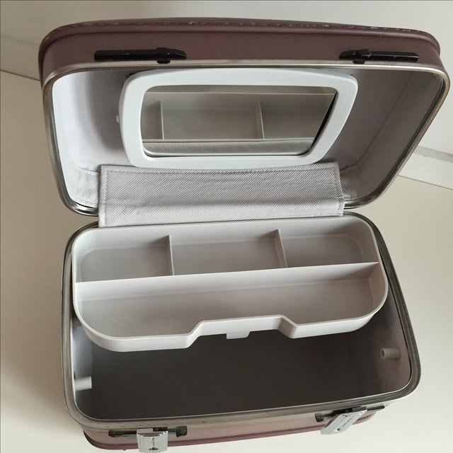 Pearlescent Purple American Tourister Train Case - Image 4 of 6