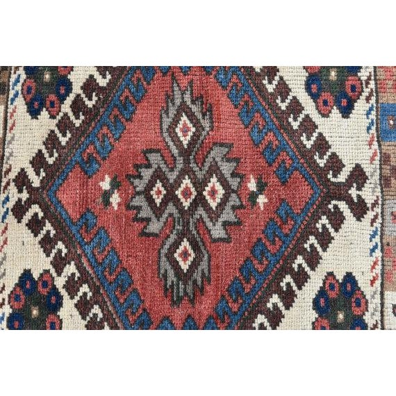 Small Medallion Oushak Rug - 2′1″ × 2′1″ For Sale In San Francisco - Image 6 of 6