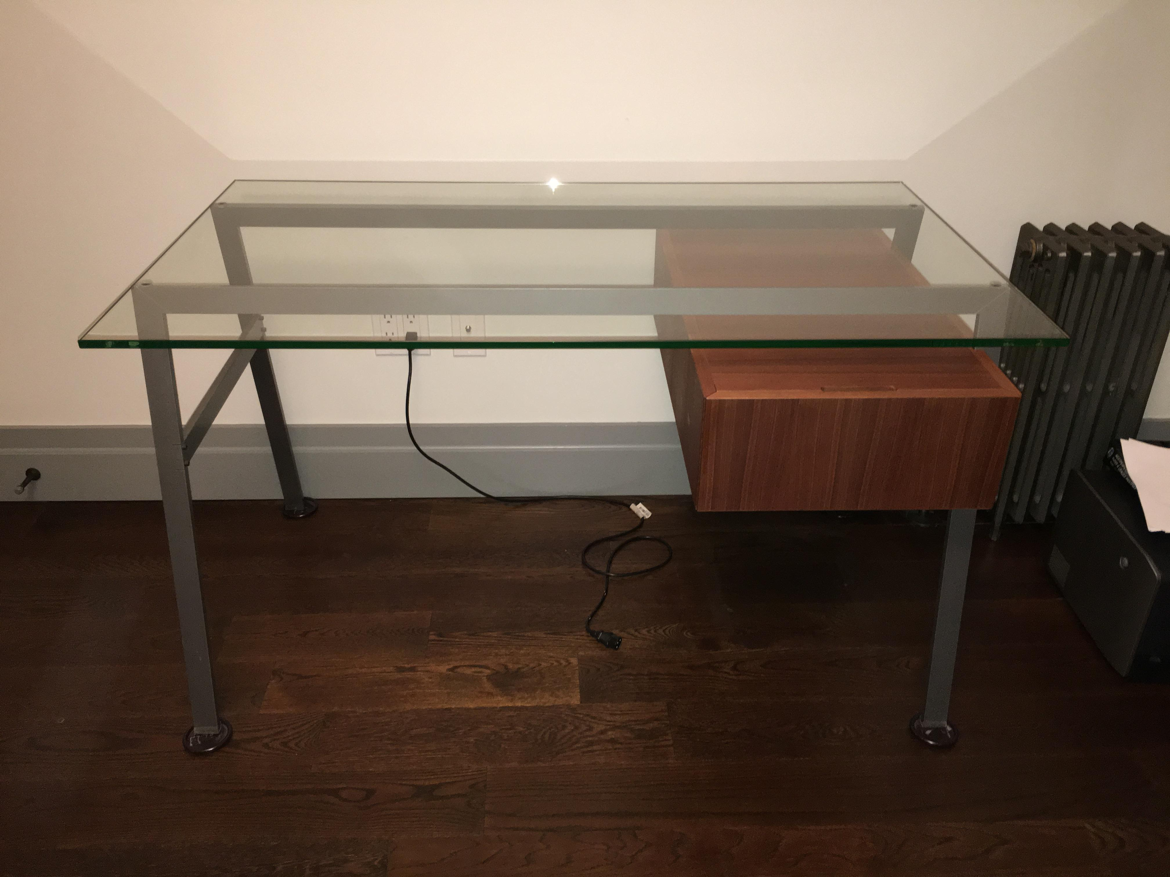 dwr homework desk