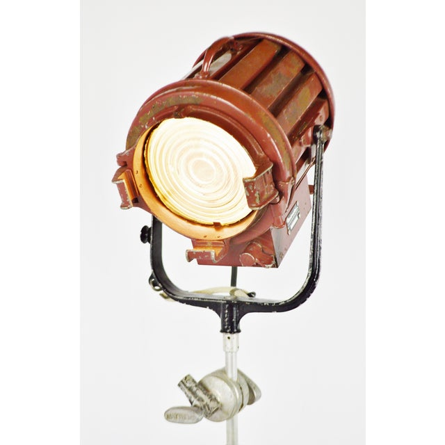 Vintage Mole Richardson Professional Studio Stage Spotlight Industrial Floor Lamp with Boom Attachment - Image 2 of 11