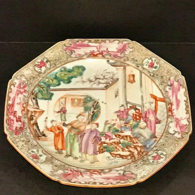 18th Century Chinese Export Famille Verte Octagonal Plate For Sale - Image 9 of 13