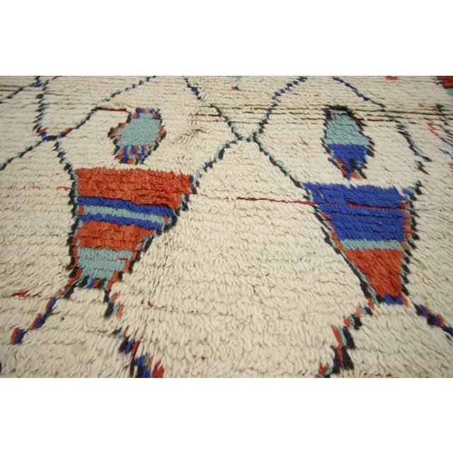 1960s Vintage Moroccan Rug, Berber Moroccan Azilal Tribal Rug, 04'06 X 07'09 For Sale - Image 5 of 6