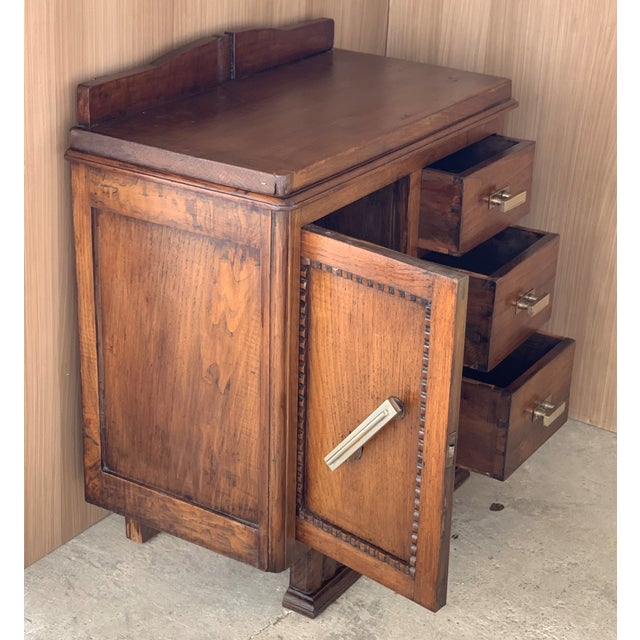 Pair of Spanish Art Deco Heavily Hand Carved Bedside Tables Nightstands, 1920s For Sale In Miami - Image 6 of 13