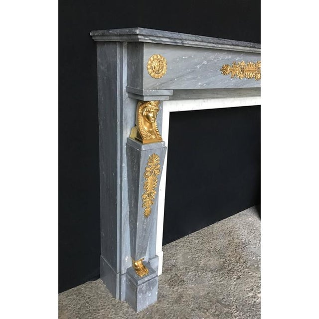 "Early 19th Century Beautiful ""Bleu Turquin"" Marble Chimney in the French Empire Style, 19th Century For Sale - Image 5 of 10"