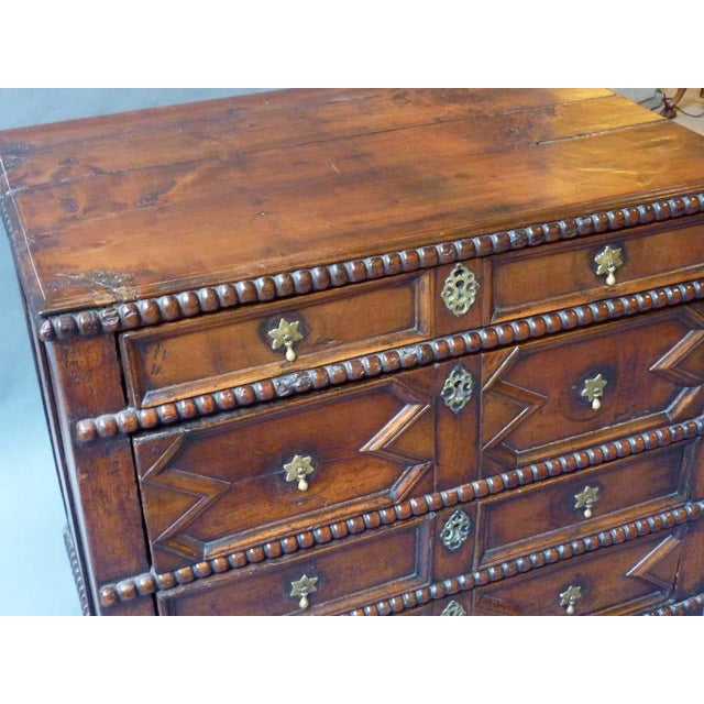 17th Century English Chest of Drawers For Sale In Washington DC - Image 6 of 8