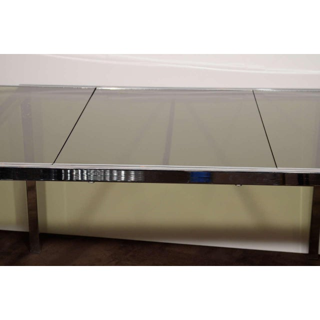 1970s Mid-Century Chrome and Grey Glass Extension Dining Table by DIA For Sale - Image 5 of 10