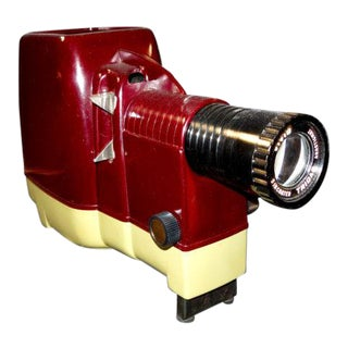 Circa 1949 Bakelite Bell & Howell Art Deco Style Manual Slide Projector For Sale