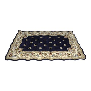 Fleur De Lis Scallop Wool Rug - 5' x 8' For Sale
