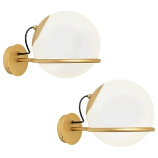 Mid-Century Modern Gino Sarfatti Model 238/1 Wall Lamps - a Pair For Sale