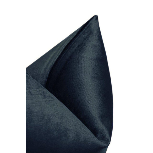 """22"""" Prussian Blue Luxe Velvet Pillows - a Pair For Sale - Image 4 of 5"""