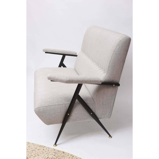 Metal 1950s Italian Mid-Century Modern Gray Upholstered Settee For Sale - Image 7 of 10